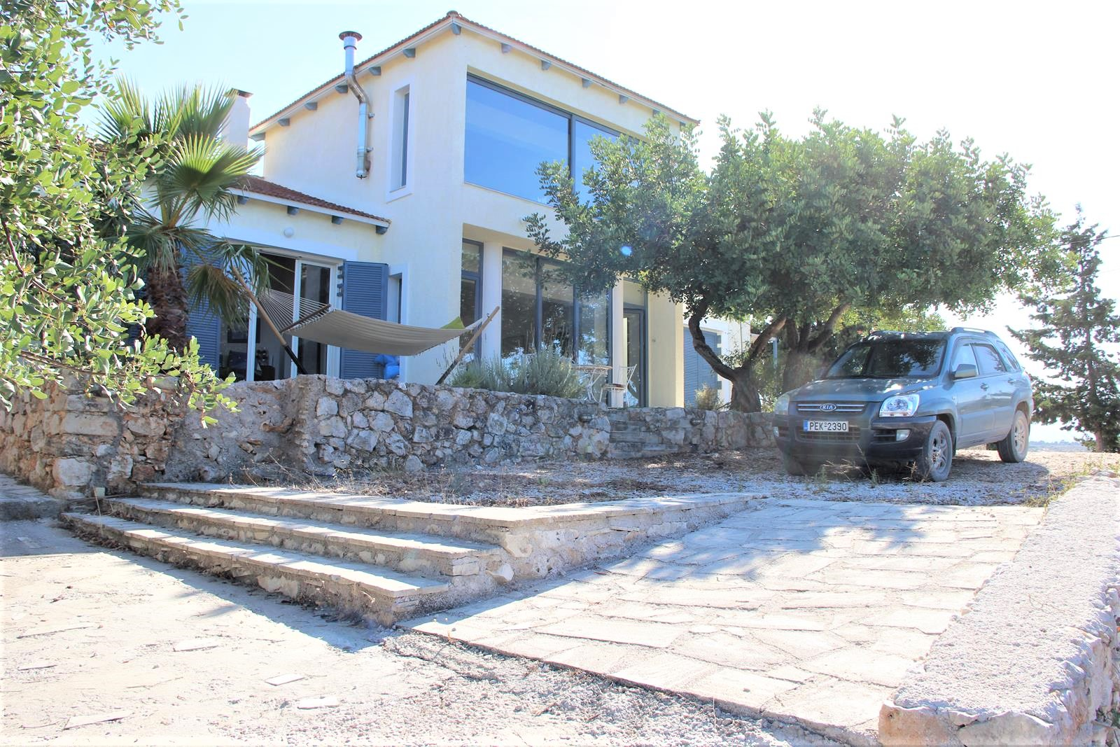 Detached house with sea view in Vamos