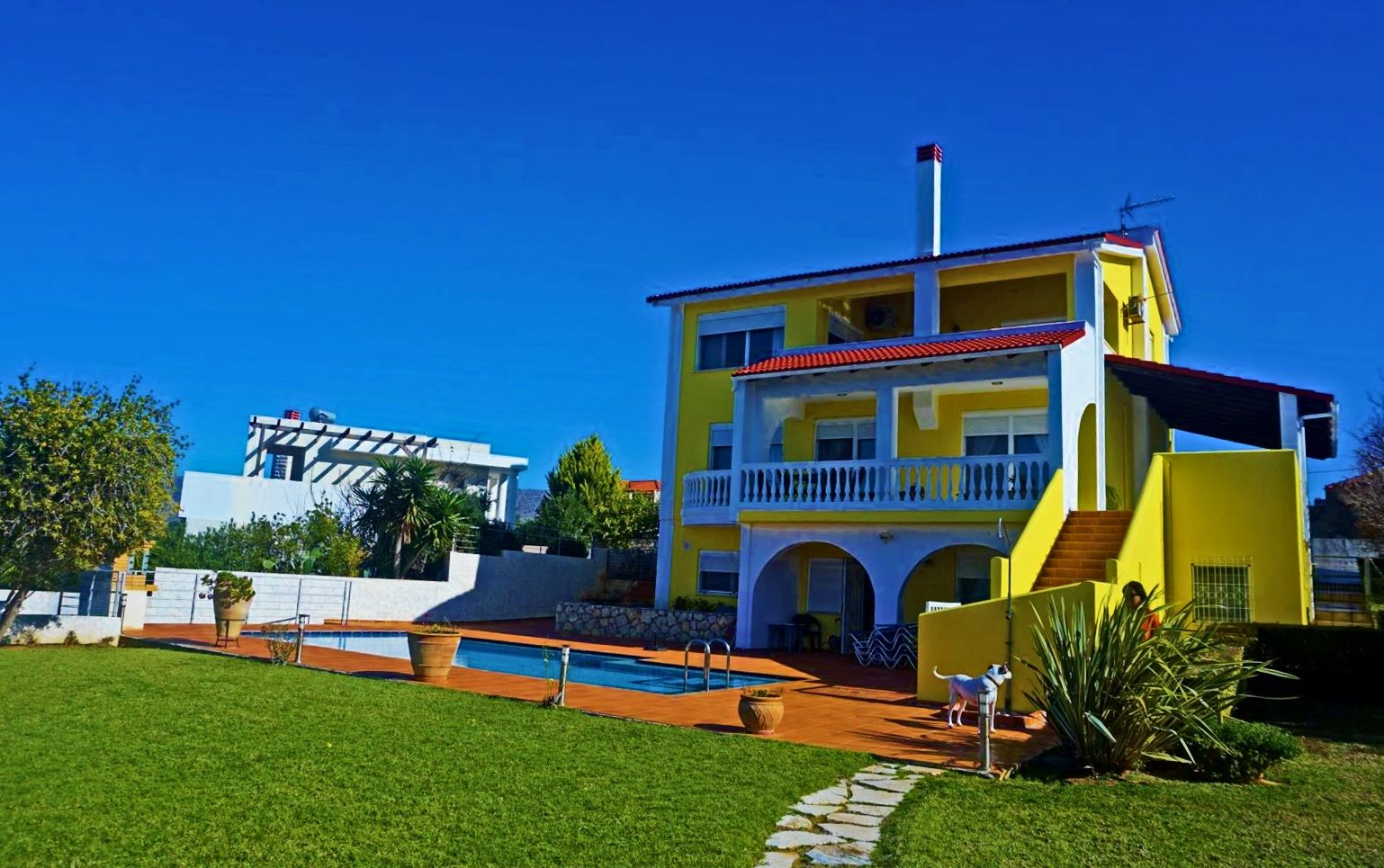 Villa with a pool and sea view in Chorafakia