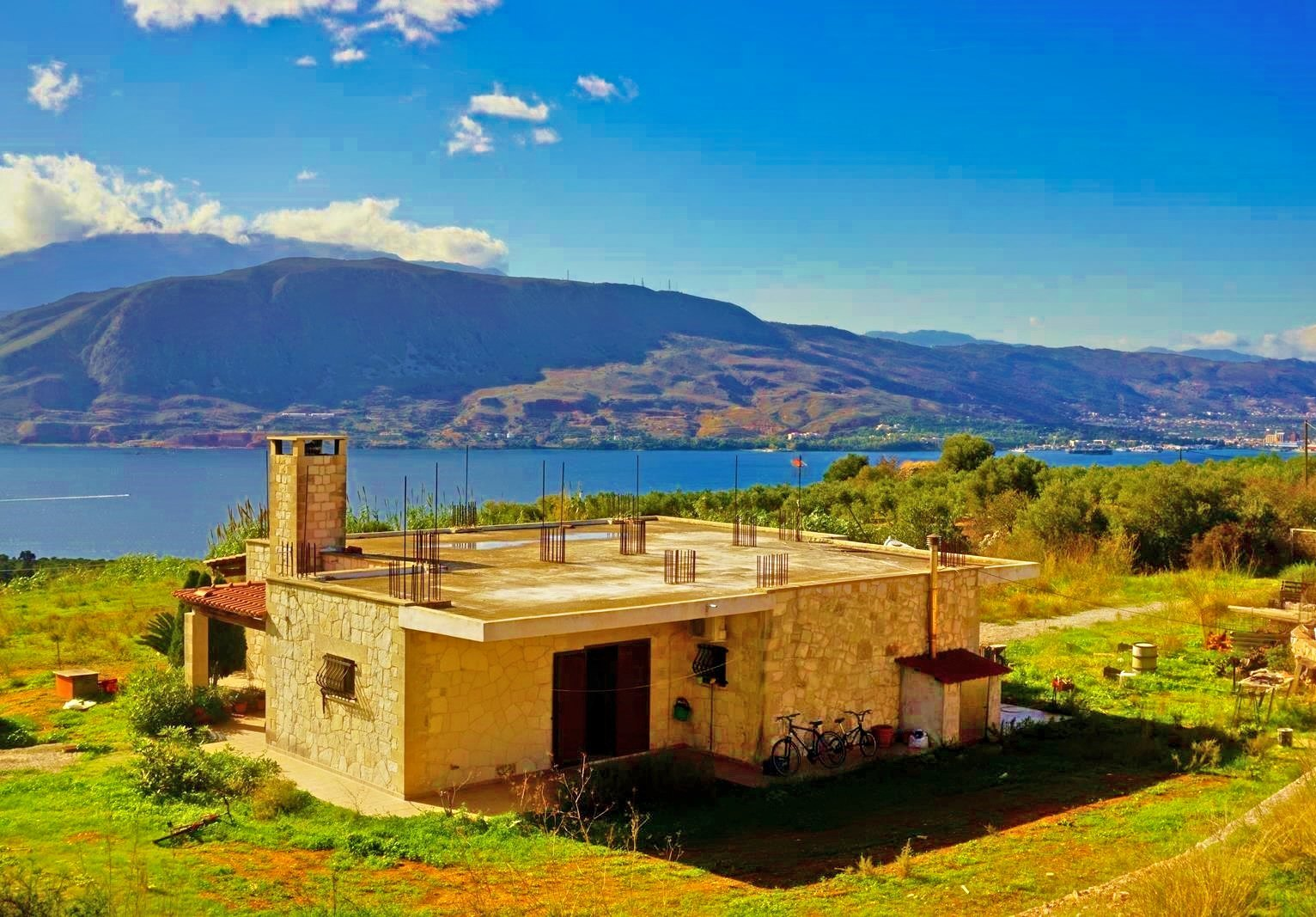 Stone-built ground floor house with Souda Bay view in Akrotiri