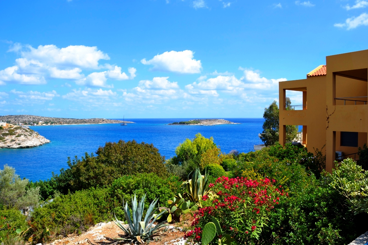 Two luxury seafront villas with a private sea access in Loutraki